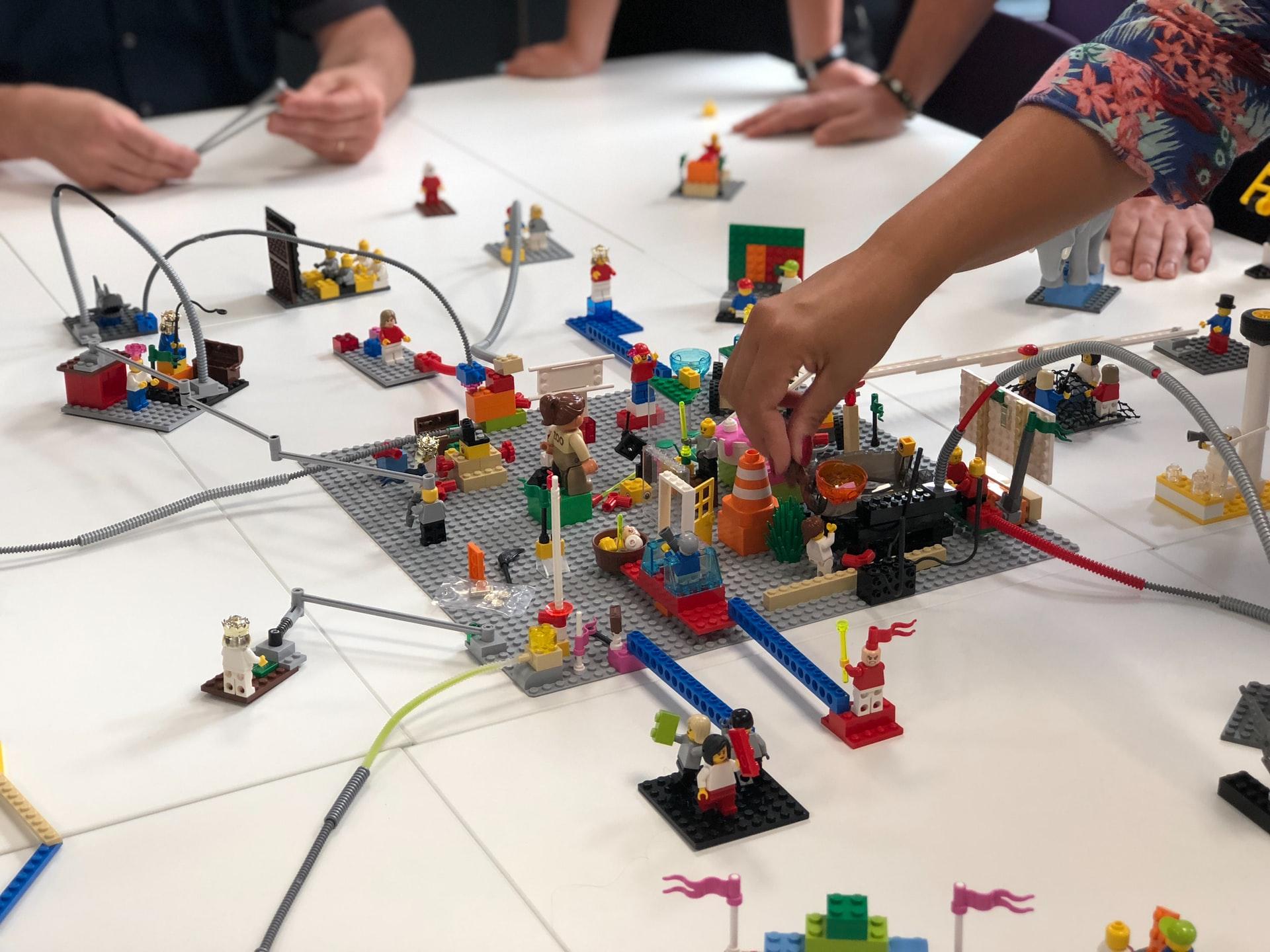 LEGO SERIOUS PLAY Workshop (Amelie Mourichon)